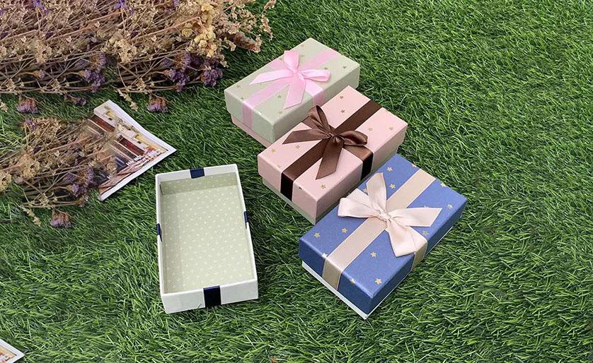 蝴蝶结化妆盒